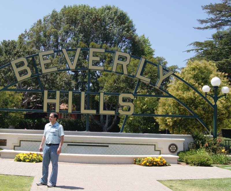 - Photograph_by_Rianna_Richards_Dr_Shadi_AH_Abuolba_at_Beverly_Hills_California_on_June_25_2010.224141817_std