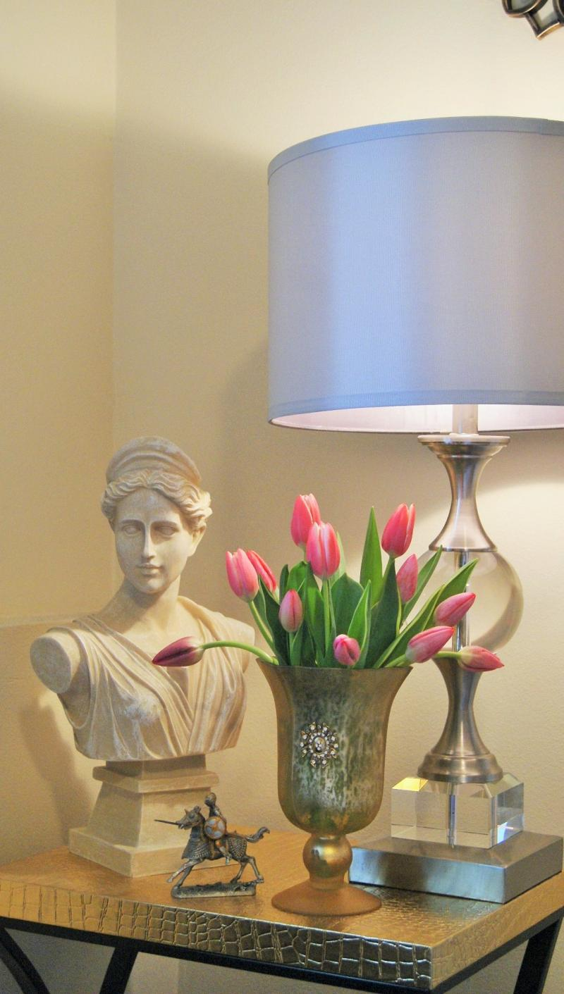 Rianna Richards Home - A vase of pink tulips in my bedroom in Seattle